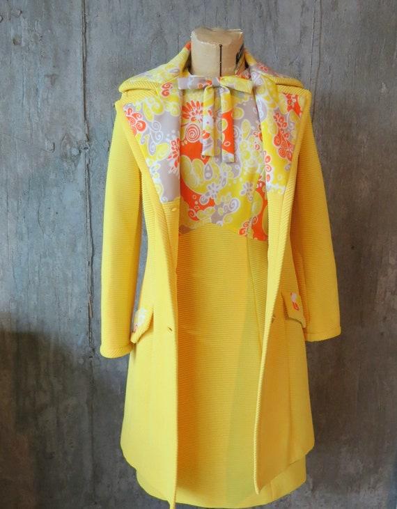 Vintage 1960s Lilli Ann Knits Yellow Suit, Lilli A