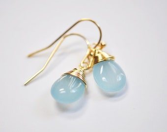 Aquamarine wire wrapped drop earrings, gift for her, Wire Wrapped Jewelry, blue and gold earrings