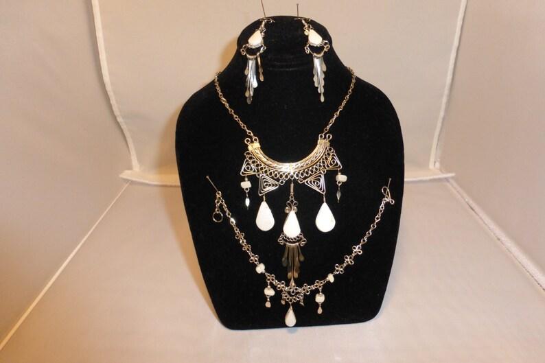 necklace bracelet and earring set White onyx image 0