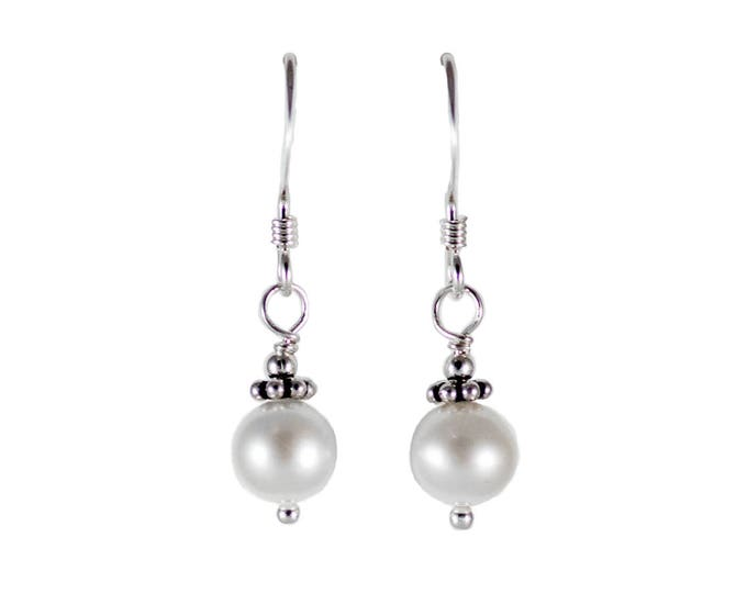 Pearl Earrings - 6mm Round