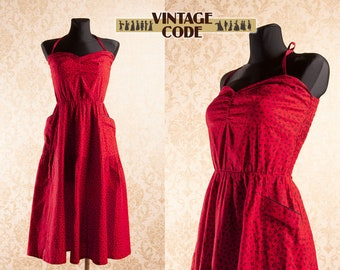 e377e54b5a81 Red Cotton Ditsy Berries print Strap Sun Dress   50s style Smocked back Big  pockets Sweetheart dress   size small