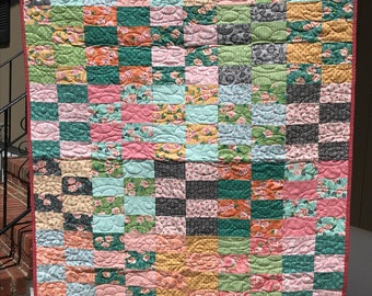 2x4 quilt - READY TO SHIP - floral quilt - picnic quilt