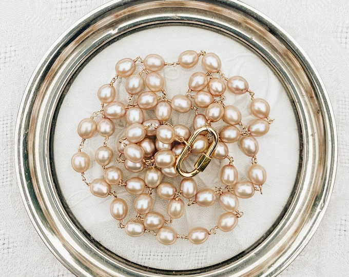 Pearl Necklace with Carabiner Lock