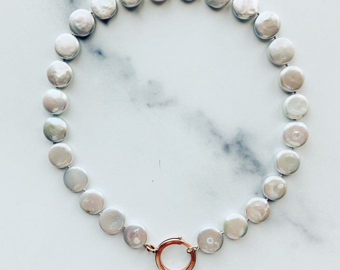 Gray Coin Pearl Choker with Antique Rose Rolled Gold Bolt Clasp, English 1920s