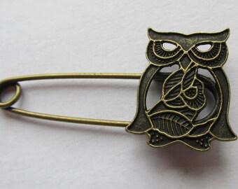 Owl Shawl Pin  or Kilt Pin