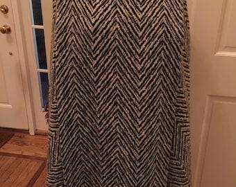 Vintape wool cape in black/white herringbone pattern  red satin lining