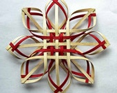 Medium hand woven Carolina Snowflake in walnut and red