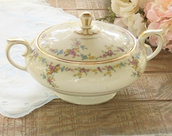 Lamberton Peggy Shippen Round Covered Vegetable Bowl with Handles Ca. Late 1940s - 1950s