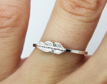 Feather silver ring - Sterling silver ring - Stacking ring - jewelry - knuckle ring  - delicate ring - midi ring - Bohemian ring -Pegan ring