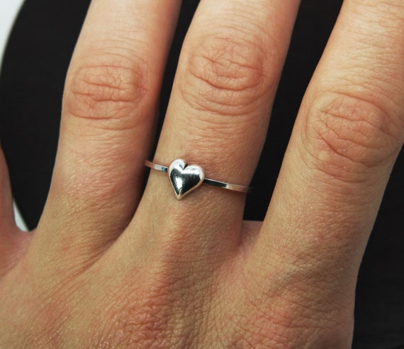 silver heart ring Heart ring Sterling silver ring tiny heart heart jewelry Midi ring gift Knuckle ring Delicate heart ring