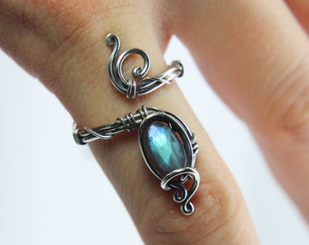 Labradorite ring 'Fire' Sterling silver ring - Steampunk ring -Gemstone ring - Birthstone ring - Blue Labradorite ring - Helaing crystal