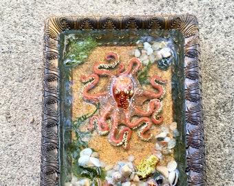 Octopus Sculpture, Ocean Art, Resin Art, Octopus Art, Handmade Art, Home Decor, Housewarming Gift, Octopus, Octopus in Water, Tidepool