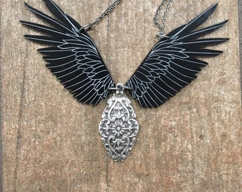 Raven Necklace, Raven Necklace, Statement Necklace, Steampunk Necklace, Bellydance Jewelry, Raven Skull, Viking Jewelry, Pewter necklace
