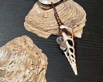 Sea Shell, Sea Shell Pendant, Wire wrapped pendant, Beaded Pendant, Handmade Jewelry, BoHo Jewelry, Beach Jewelry