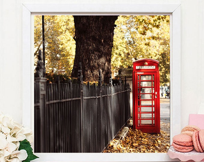 London photography print, London wall decor, London in Autumn Print, Classic London print, Britain, gift for her, gift for him