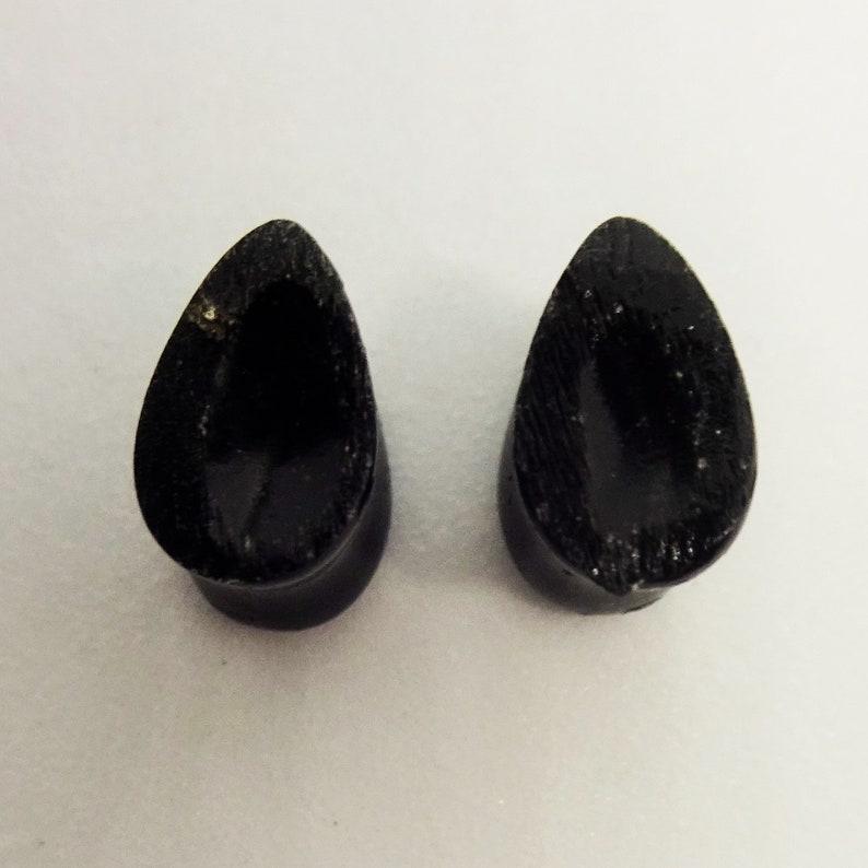 Black and Gold Teardrop Plugs 2g B Grade 6mm