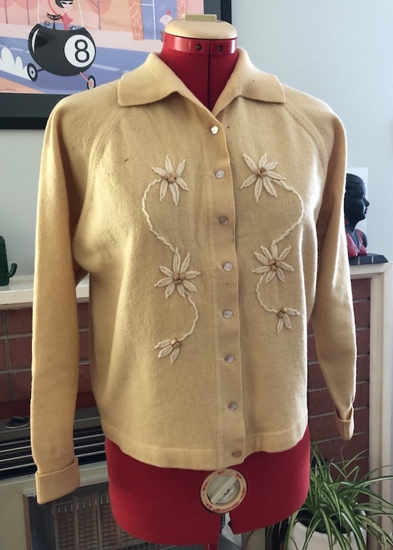 Vintage Buttery yellow Cardigan with wooden beadin