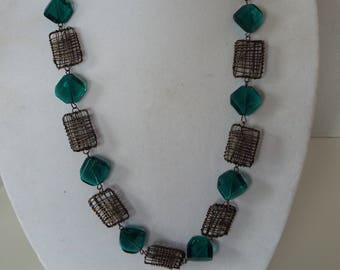 "long 32"" bronze  wire geometric emerald green glass necklace"