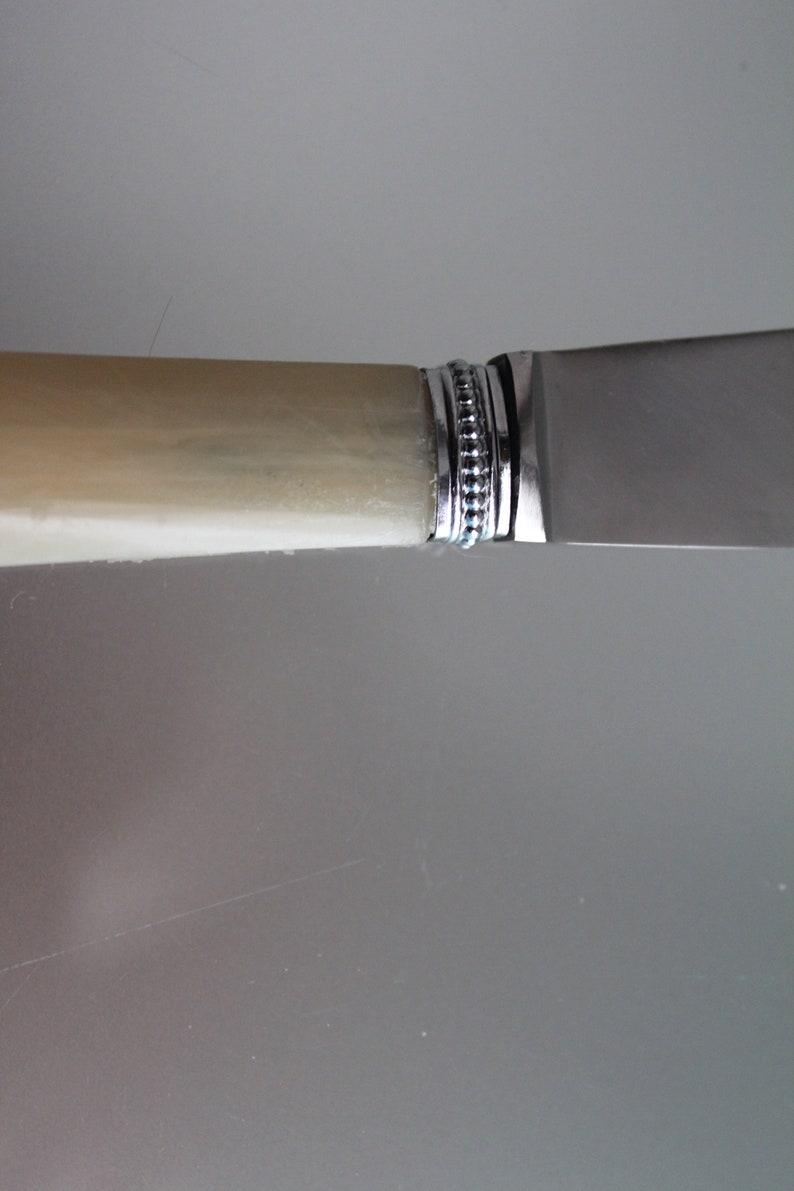 12 Gorgeous Français vintage Bakelite Handle couteaux à dîner, Nouvelles lames sur poignées vintage,Silvrt bolster