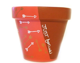 Arrow Small Flower Pot Just Focus Keep Aiming Coral White Gold Hand Painted Succulent Planter Pencil Holder Brush Holder READY TO SHIP