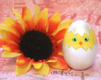 Wooden Easter Egg Hand Painted Hatching Chick Baby Chicken Decor Easter Decorations Basket Stuffer Home Decor READY TO SHIP