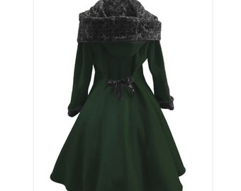 Coat with pockets in dark green