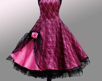 Romantic petticoat dress in the style of the 50s