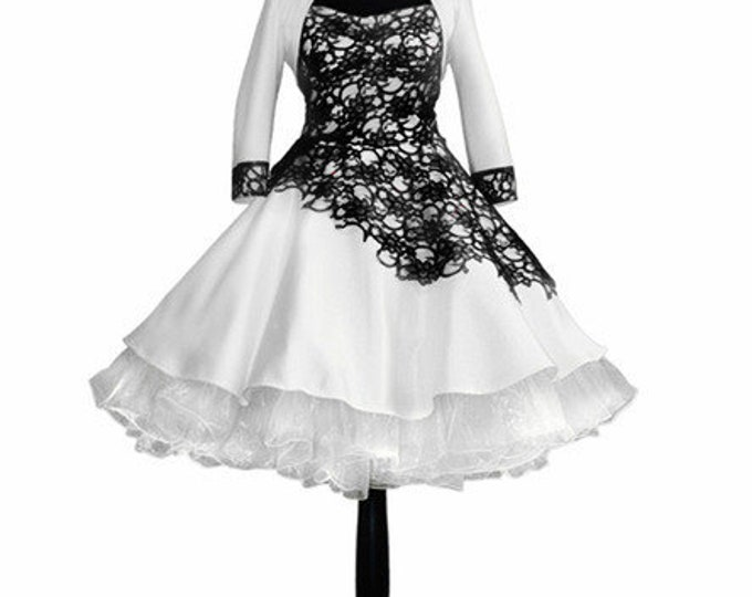 Wedding dress black petticoat Black Lace 50 years