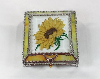 Sunflower, stained glass box, stained glass, display box, jewelry box, souvenir, trinket Box