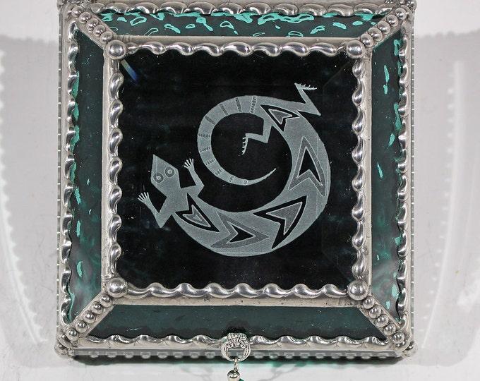 Gecko Fetish, Gecko, Native American, Petroglyph, Indian, Southwestern, Stained Glass, Display, Souvenir, Memorabilia, Keepsake Box