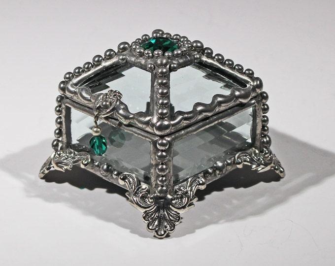 Emerald Green Vintage Glass Jewel - Treasure Box