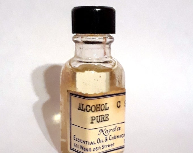 Vintage 1930s 5ml  Alcohol C9 Pure Nonanol Fatty Waxy Rose Fragrance Creation Essential Oil Perfumery Making