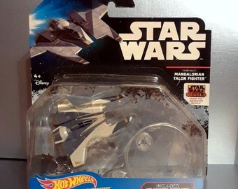 Star Wars Mandalorian Talon Fighter HOT WHEELS Ship