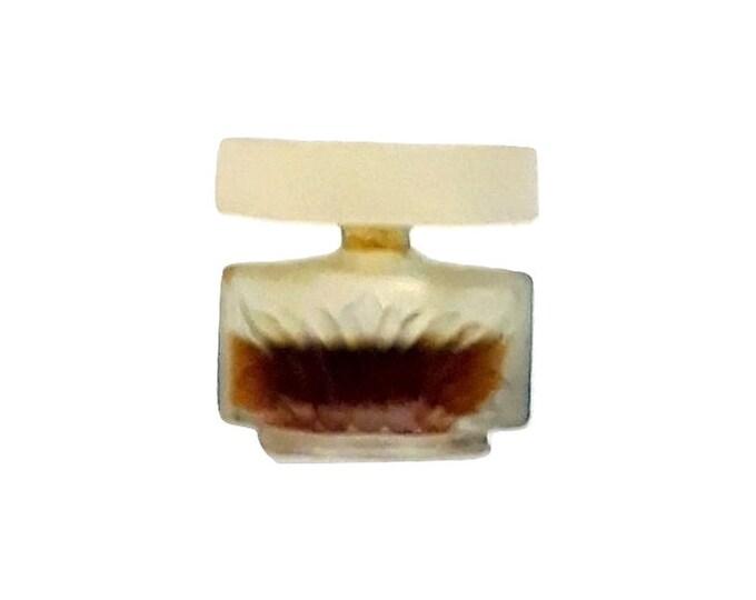 Vintage Caesars Woman Perfume 1/8 oz Extravagant Pure Parfum 1980s Mini Miniature