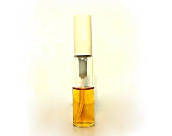 Vintage Perfume 1980s Pavi Elle by Avon 0.33 oz Eau de Cologne Purse Spray Classic Ladies Fragrance