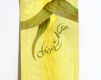 Vintage 1990s Desir de Nature by Yves Rocher 0.06 oz Eau de Parfum Splash Sample Packet PERFUME