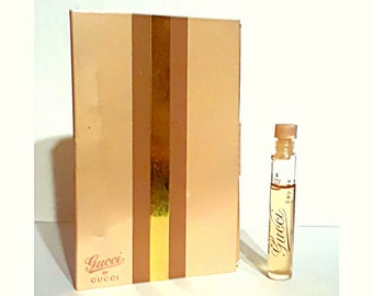 Gucci by Gucci 0.06 oz Eau de Toilette Splash Sample Vial on Card PERFUME