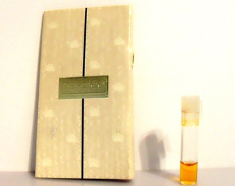 Vintage 1980s Devotee by Avon 0.02 oz Cologne Sample Vial on Card PERFUME
