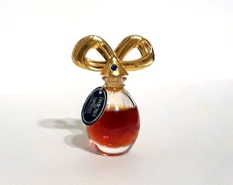 Vintage 1990s Diamonds and Sapphires by Elizabeth Taylor 0.12 oz Parfum Mini Miniature PERFUME