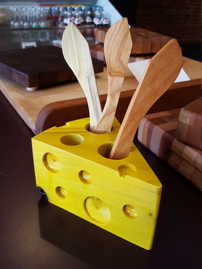 Cheese Spreader Set  Cheese Wedge Spreader Holder with Two image 0