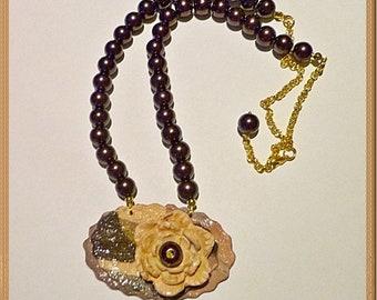 Earthy tones necklace