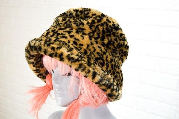 Deee Lite - leopard bucket hat - faux fur bucket h