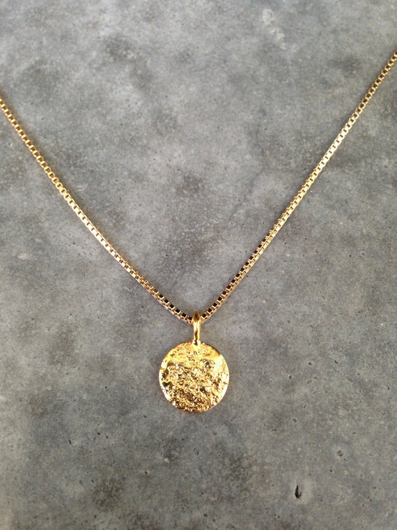 Gold disc necklace. personalized
