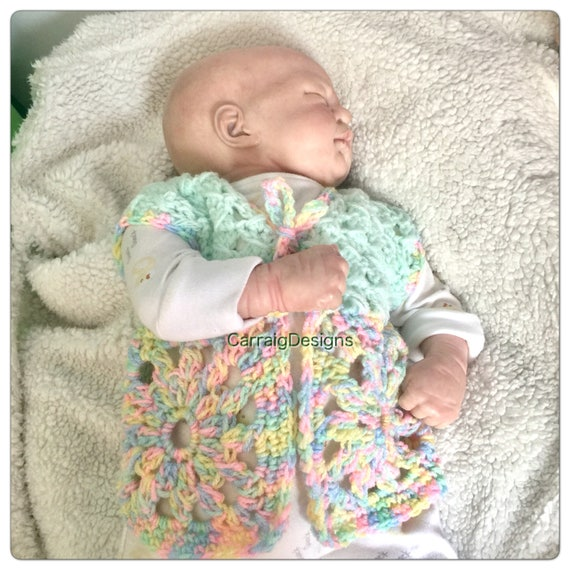 Baby/'s Rainbow Hand Knitted Cardigan Multicolour Pastel Sweater with Hood