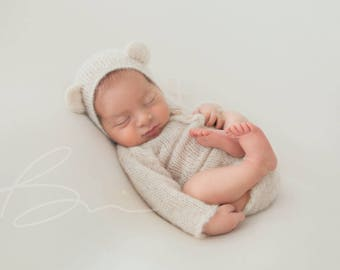 Knit newborn body Long sleeved bodysuit Knit baby bear bonnet Newborn photography props Legless romper and bear bonnet Newborn romper set