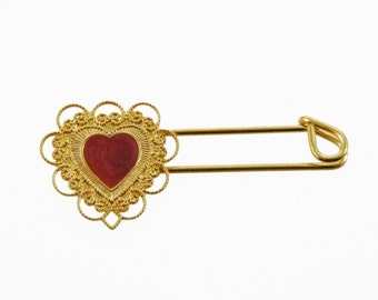 Gold Lace Enamel Heart Pin