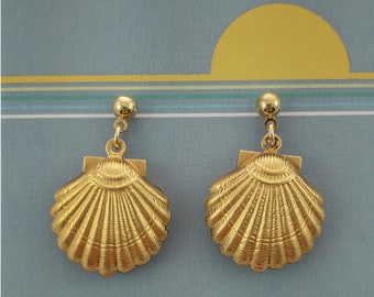 Retro Gold Seashell Earrings