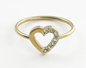 Vintage Rhinestone Heart  Ring