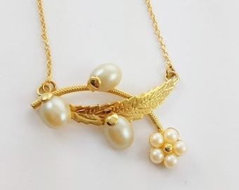 Pearl Floral Bib Necklace