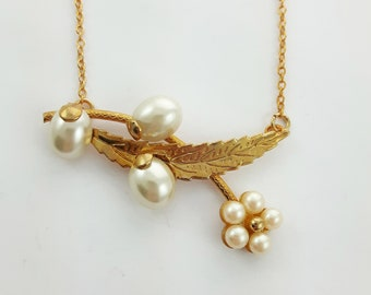 Pearl Floral Bib Necklace